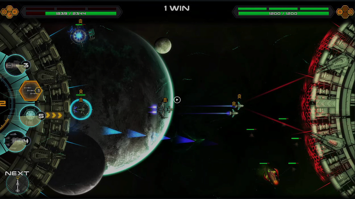Space war arena gameplay